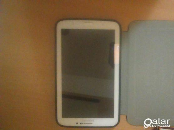 samsung tab3 in perfect condition  :)